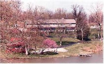 Basswood Country Inn and RV Resort