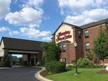 ‪Hampton Inn & Suites East Lansing / Okemos‬