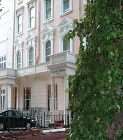 Abbey Court Hyde Park