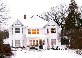Photo of Old Victorian Farmhouse Bed & Breakfast Wauconda