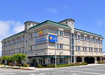‪Comfort Inn & Suites San Francisco Airport East‬