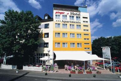 Hotel &amp; Restaurant Pinger