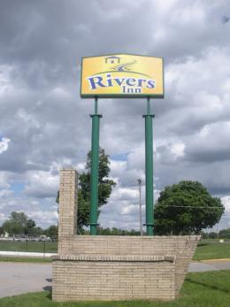 Rivers Inn Motel