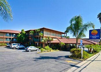 Photo of Comfort Inn Near Warner Center Los Angeles