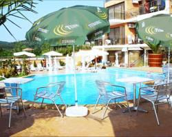 Golden Place Hotel