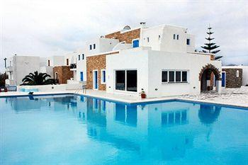 ‪Naxos Holidays Bungalows Apartments‬
