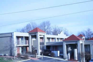 Photo of Ameristay Inn & Suites Knoxville