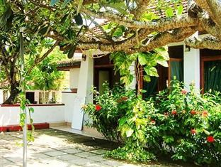 Photo of Tandem Guest House Hikkaduwa