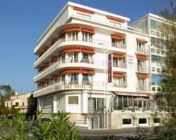 Photo of Family Golf Hotel Royan