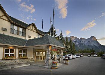 ‪Coast Canmore Hotel & Conference Centre‬