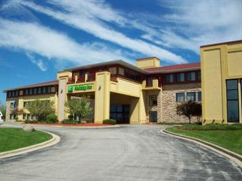 ‪Holiday Inn Pewaukee‬
