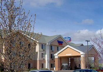 ‪Fairfield Inn & Suites Medford‬