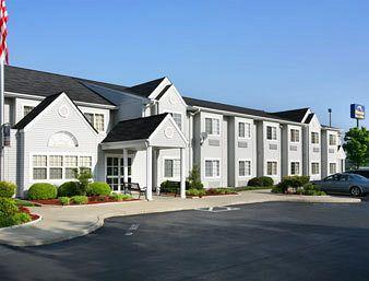 Microtel Inn & Suites by Wyndham Burlington
