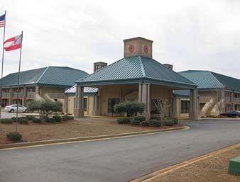 Baymont Inn and Suites Americus