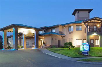 Photo of Arcata/Eureka Holiday Inn Express McKinleyville