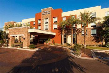 ‪Hampton Inn & Suites Phoenix Chandler Fashion Center‬