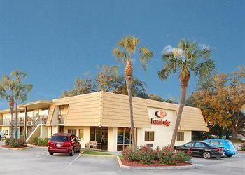 Photo of Econo Lodge Live Oak
