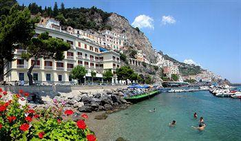 Photo of Hotel la Bussola Amalfi