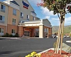 ‪Fairfield Inn & Suites Ukiah Mendocino County‬