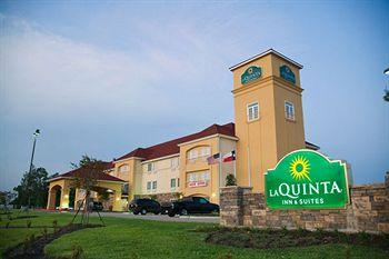 La Quinta Inn & Suites Bridge City