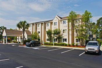 ‪Microtel Inn & Suites by Wyndham Brunswick North‬