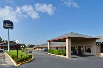 Photo of Best Western Inn By The Lake Zapata