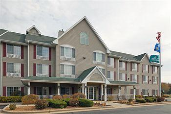 ‪Country Inn & Suites by Carlson _ West Bend‬