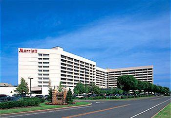 Photo of Long Island Marriott Hotel &amp; Conference Center Uniondale