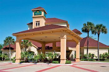 Photo of La Quinta Inn & Suites Jacksonville Butler Blvd