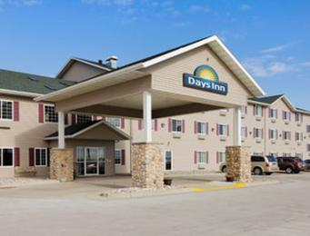 Days Inn Fargo/Casselton & Governors' Conference Center