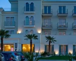 Photo of Hotel Nazionale Desenzano Del Garda