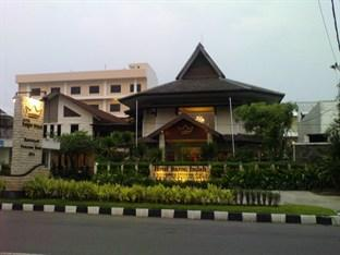 Photo of Hotel Baron Indah Solo