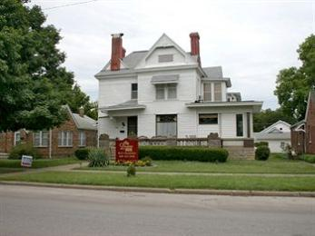 Photo of Levine House Bed & Breakfast Fort Scott