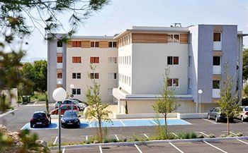 Park & Suites Confort Marseille Aroport
