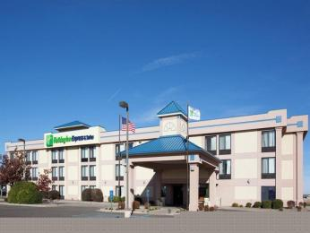 Photo of Holiday Inn Express Colby