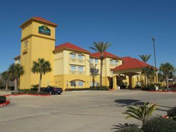 Photo of La Quinta Inn & Suites Houston NASA Seabrook