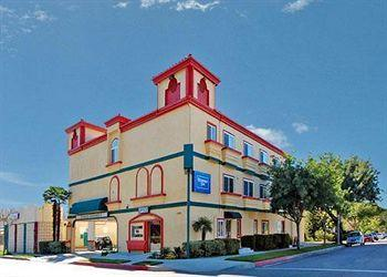 Rodeway Inn & Suites Pasadena