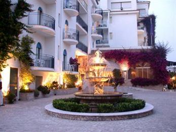 Sant Alphio Garden Hotel & Spa