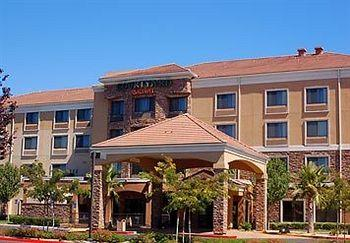‪Courtyard by Marriott Ontario-Rancho Cucamonga‬
