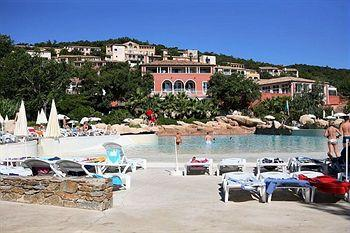 Pierre & Vacances Village Club Les Restanques du Golfe de Saint-Tropez