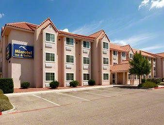 ‪Microtel Inn & Suites by Wyndham El Paso East‬