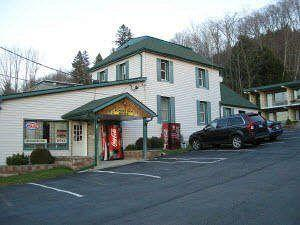 Canadas Best Value Inn - Sunset Inn