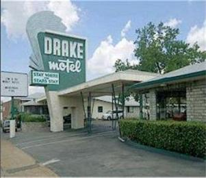 Drake Motel