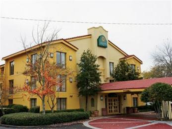 Photo of La Quinta Inn Atlanta Marietta