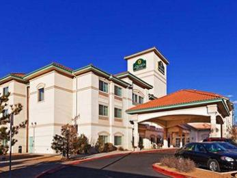 ‪La Quinta Inn & Suites Albuquerque Midtown‬