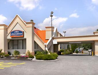 Photo of Howard Johnson Inn & Suites and Conference Center Newark