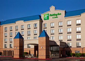 ‪Holiday Inn Hotel & Suites‬