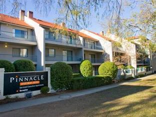 ‪Pinnacle Apartments Canberra‬