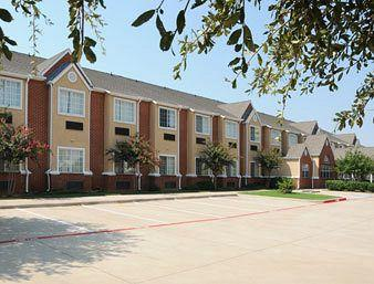 Microtel Inn & Suites by Wyndham Euless/DFW Airport