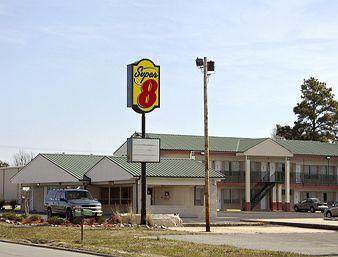 Stuttgart Super 8 Motel